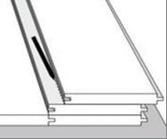 Rekomendacija paskutinės grindinių lentų eilės montavimui.