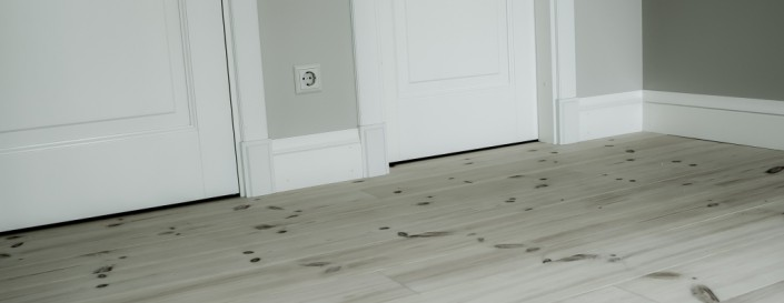 Medenio apvadai suteikia grindims išbaigtumo pojūtį ir papuoš grindis.